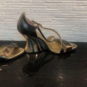 Shoes.  Gorgeous dressy sandlels